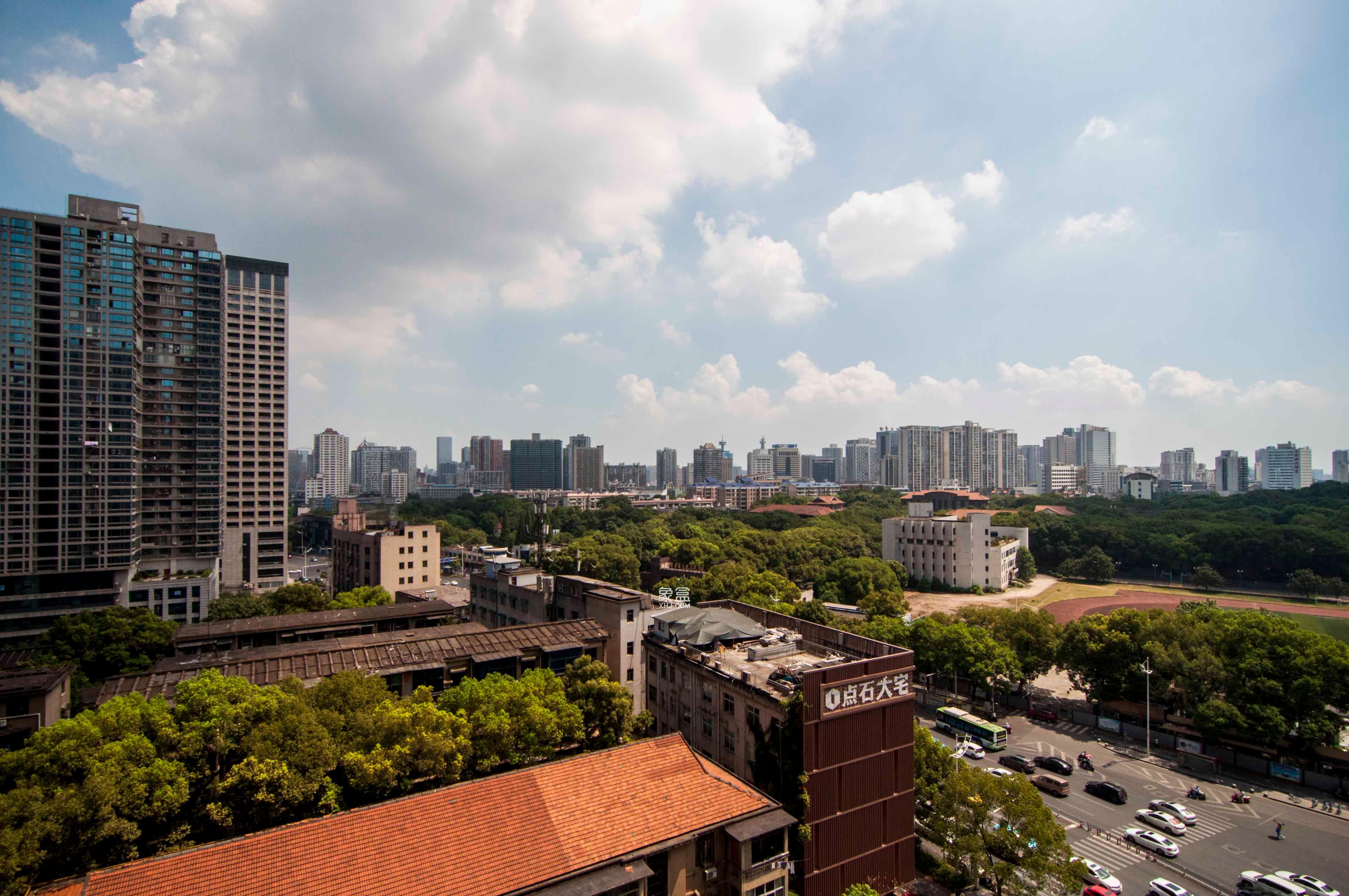 芙蓉路 建发汇金国际 公寓楼 双地铁 居家精装修 拎包入住
