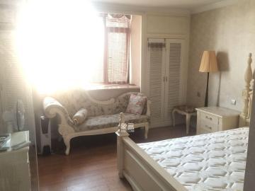 沁园春御院  1室1厅1卫    1800.0元/月