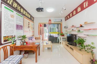 地铁口 珠江花城精装修两房 带全套家具家电出售