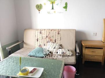 觀湖公寓  1室1廳1衛    1500.0元/月