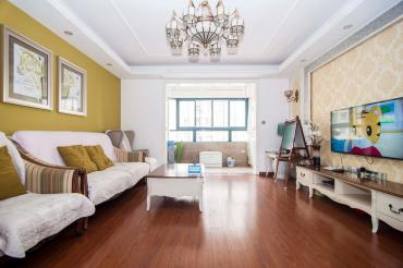 南国新城  3室2厅1卫    152.0万