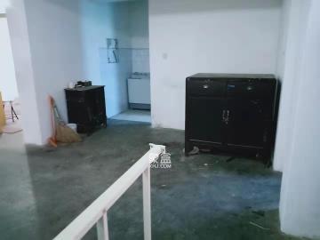 荷花园市直教师村(长沙市教育局直属教师二村)  3室2厅1卫    1600.0元/月