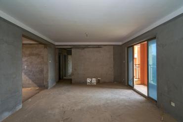 幸福莊園毛坯四房出售性價比高利用空間大房東急售價格可談