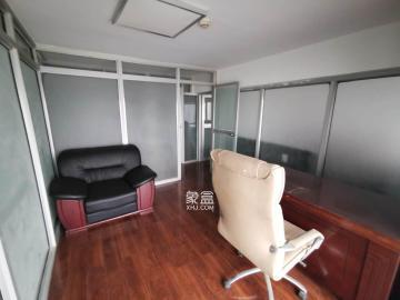城市快线(新建大厦)  3室2厅1卫    3500.0元/月