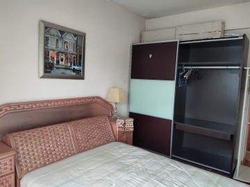 圣爵菲斯  3室2廳2衛    1300.0元/月