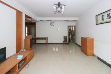 咸嘉新村  3室2厅2卫    103.0万