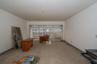 盛湘家园  3室2厅2卫    120.0万