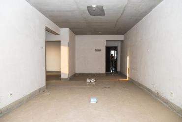 三號線地鐵口 中南小學湘繡城電梯毛坯兩房