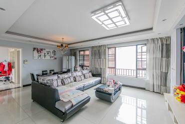 华润凤凰城二期  3室2厅2卫    112.8万