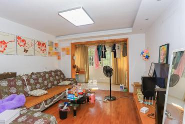 觀沙嶺德潤園,居家兩房,中間三樓,南北通透,廳帶陽臺
