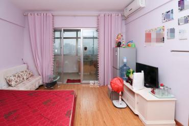 誠心出售粉粉少女公寓一間西湖公園旁全湖景天然氧吧觀湖公寓