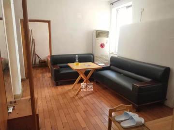 八一橋工商銀行  3室1廳1衛    3200.0元/月