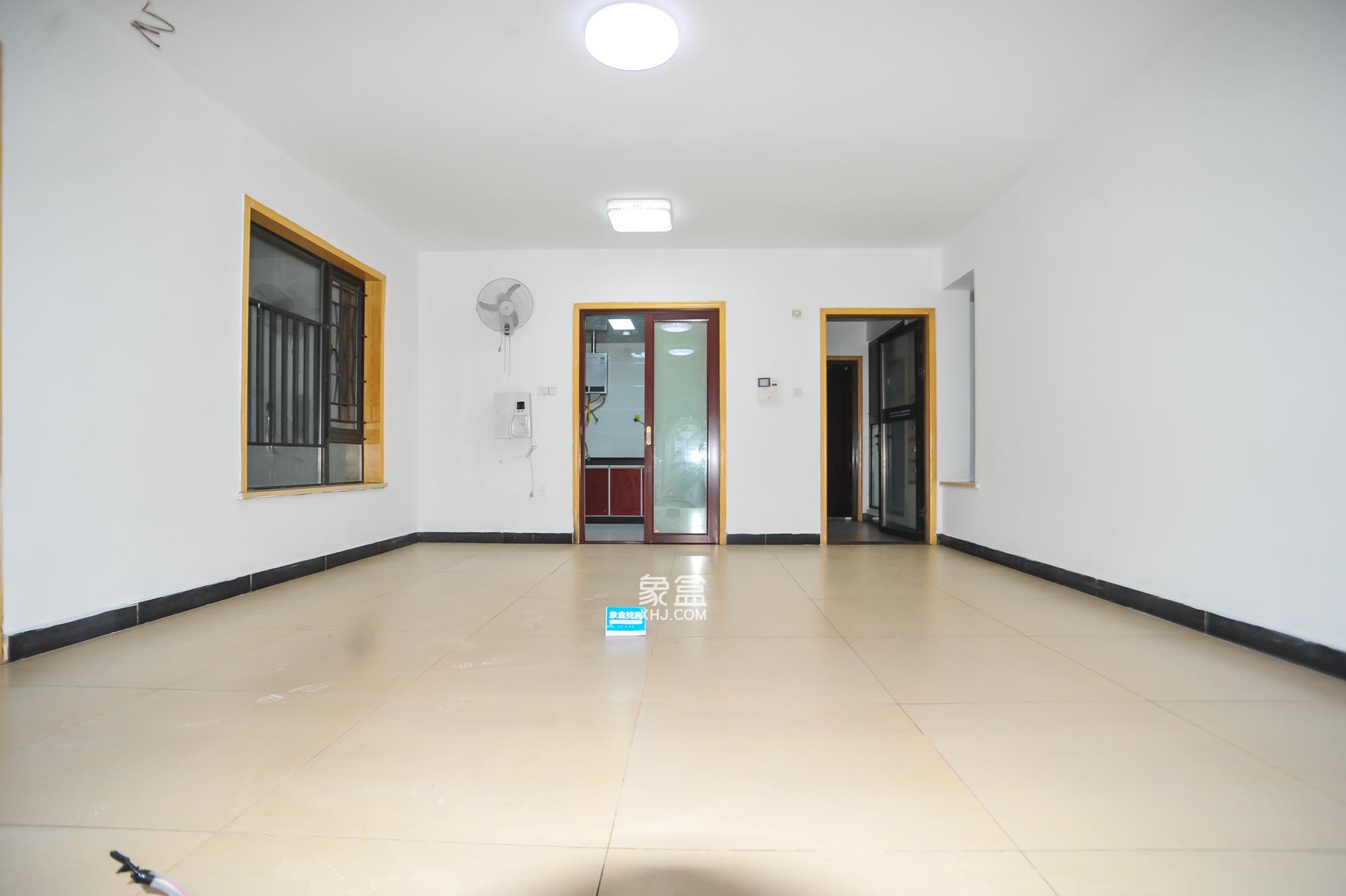 华润凤凰城三期  3室2厅2卫    142.0万