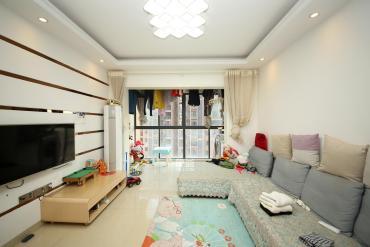 湘府東路 居家三室 地鐵口5號線 隨時看房