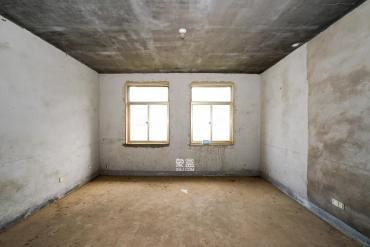 南郡明珠  5室2厅2卫    160.0万