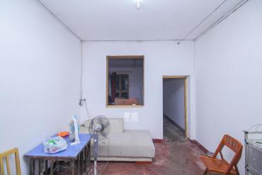 三湘小区  2室1厅1卫    40.0万