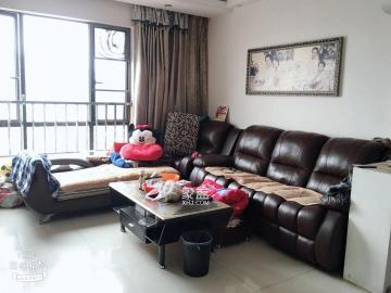 芙蓉南路正地鐵口,居家精裝修,2房加個書房,81平才75萬