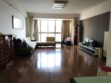 西岸润泽府  5室2厅2卫    3800.0元/月