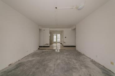 北辰三角洲  4室2厅2卫    330.0万
