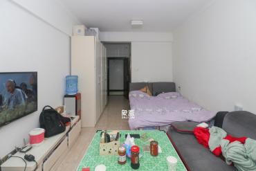 紅公館(前程麗景大廈)  1室1廳1衛    1600.0元/月