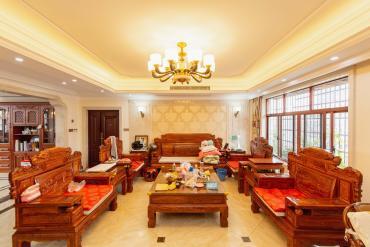 嘉盛華庭(一期、二期、三期)  7室3廳1衛    430.0萬