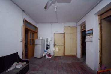 省水院宿舍  2室1廳1衛    92.0萬