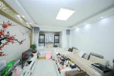 百纳广场(百纳公寓)  3室2厅2卫    160.0万