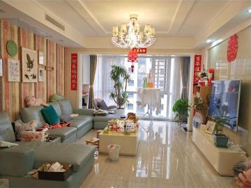 新桂广场 带中央空调 全屋品牌家电实木家具 豪装大四房