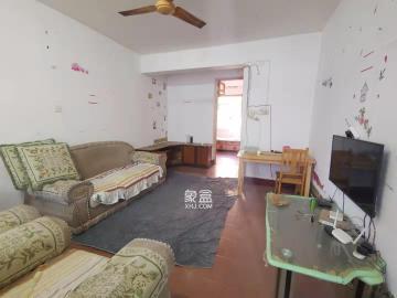 荷花园环卫局单位宿舍  2室2厅1卫    1600.0元/月