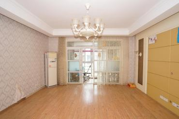 申奧美域  3室2廳2衛    140.0萬