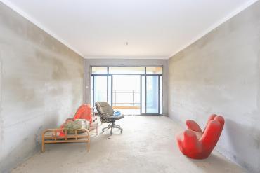 新地東方明珠(珠江東方明珠)  4室2廳1衛    112.0萬