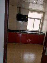 学苑公寓  4室2厅1卫    4500.0元/月