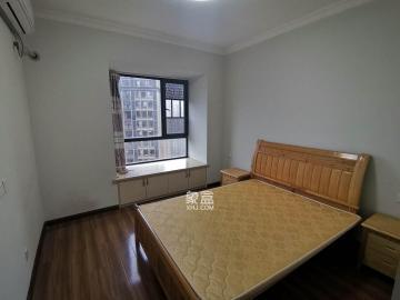 中建御山和苑  2室2厅1卫    2200.0元/月