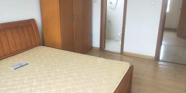 边检站宿舍  3室2厅2卫    3200.0元/月