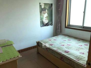 咸嘉新村  3室2廳2衛    2400.0元/月