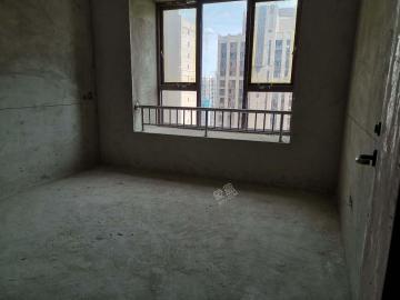 海航豪庭南苑  4室2厅1卫    637.0万