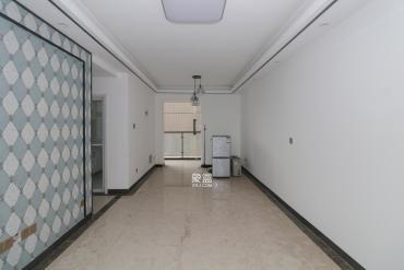 高鑫麓城  3室2廳1衛    135.0萬