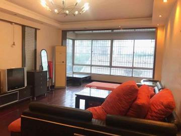 翡翠林居  3室2廳1衛    2200.0元/月