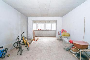 磊鑫嘉苑(地質局單位房)  4室2廳1衛    120.0萬