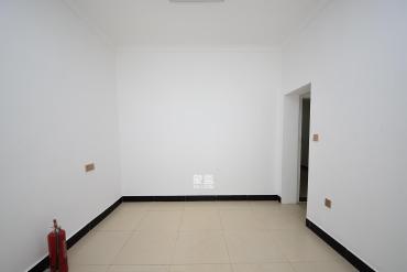 阿彌嶺一片 平地一樓 可做門面房
