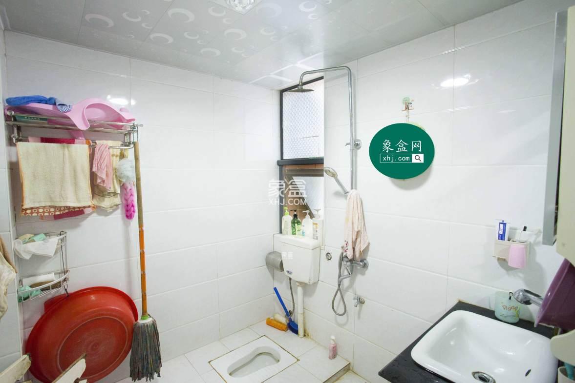 滨江花园  2室2厅1卫