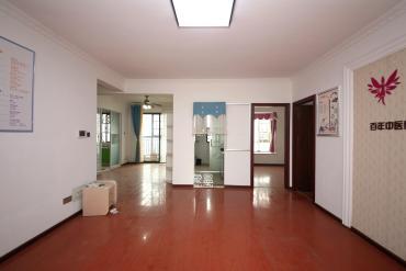 长沙欧洲城  3室2厅1卫    162.8万