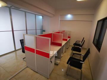 建鑫二期  一室一厅   家电齐全  拎包入住  交通便利