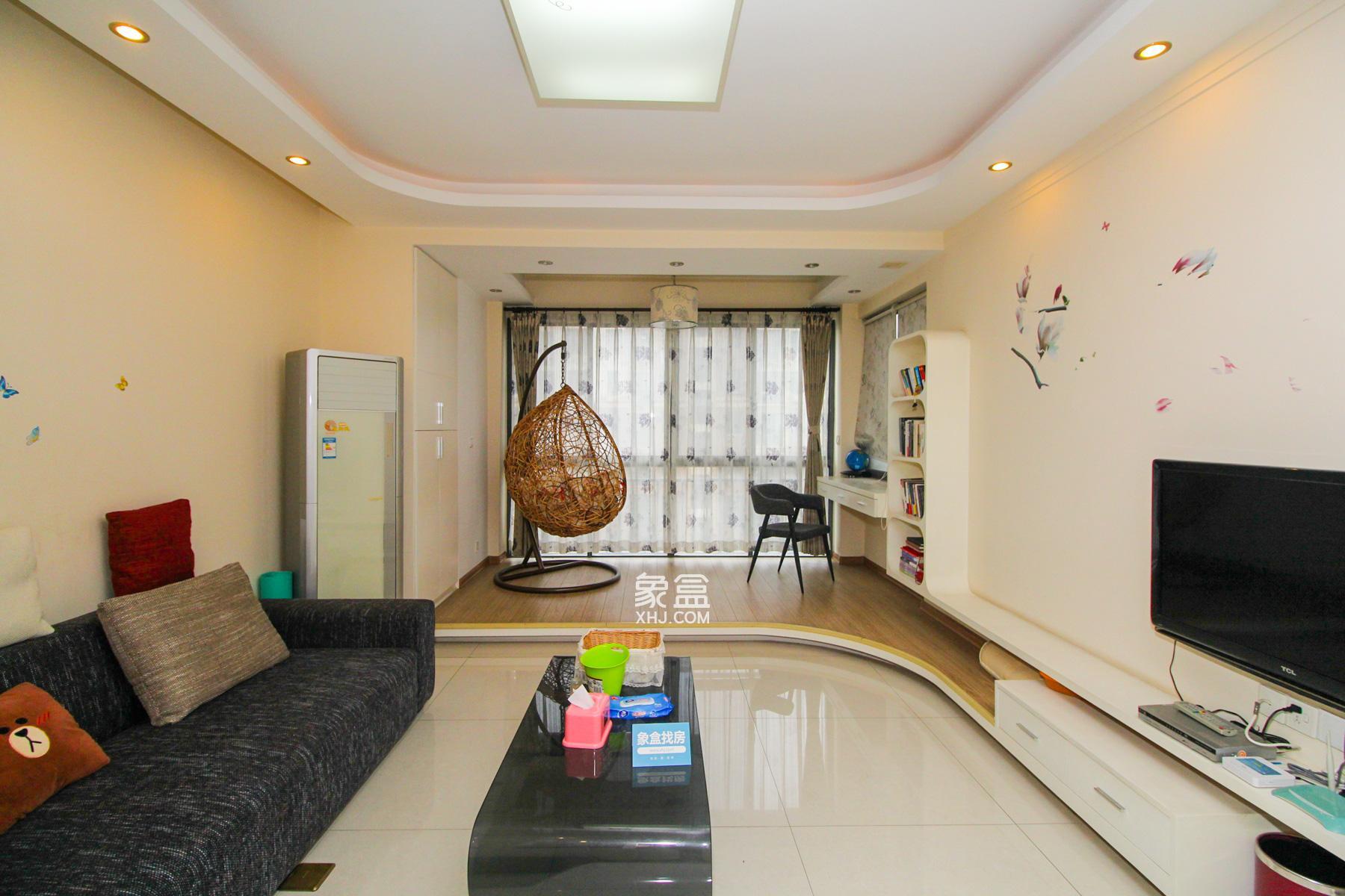 上海城小区  2室2厅1卫    118.0万