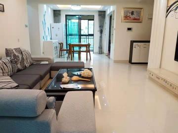 江畔人家  3室2厅2卫    285.0万
