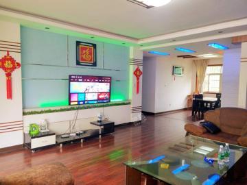 民航公寓  4室2厅2卫    105.0万