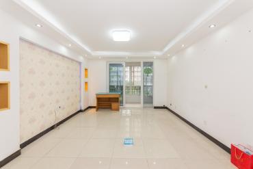 萬國城(當代滿庭春MOMA)  3室2廳2衛    135.0萬