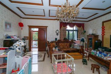龙湾国际(紫湖香醍)  5室3厅3卫    400.0万