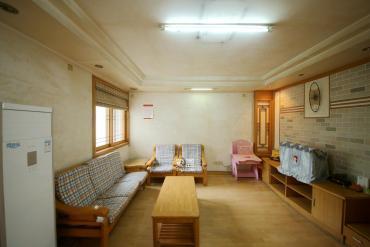 德政园  3室2厅2卫    93.0万