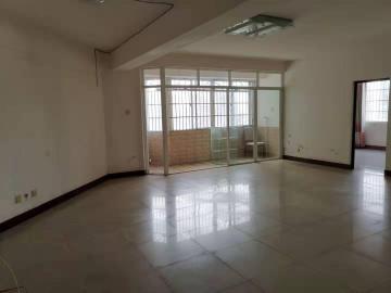 中盐大厦  3室1厅1卫    4500.0元/月